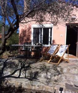 Μονοκατοικία-Studio Δροσιά Χαλκιδας-Παραλία Αλυκές - Drosia - Huis