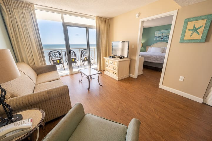 ❤️ Direct Oceanfront, King Bed, Newly Remodeled!