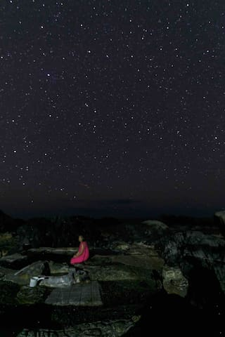 Hirauchi Kaichu Onsen under the stars