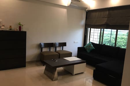 Plush Stay in the Heart of Thane.  ONLY FOR FEMALE