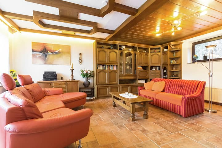 Charming large chalet, near the resort centre of Mallnitz