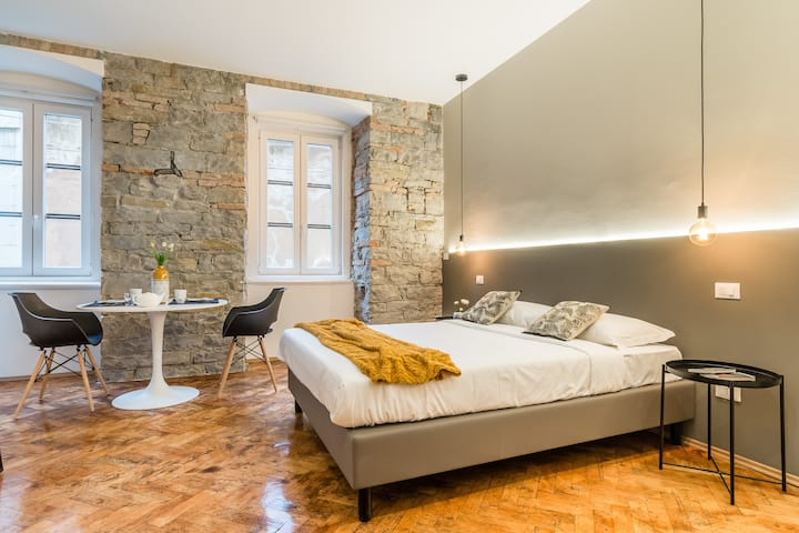 Romantic Studio in the heart of Trieste + Wifi