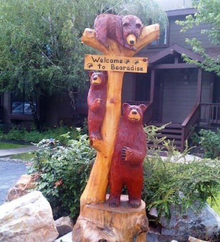 Enjoy a Home in Bearadise! Big Bear!  Pools open!!