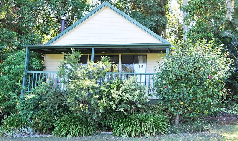 Exterior view of Cassowary Cottage