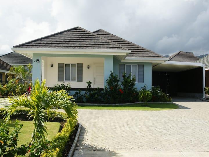 Cool Shade Villa 565