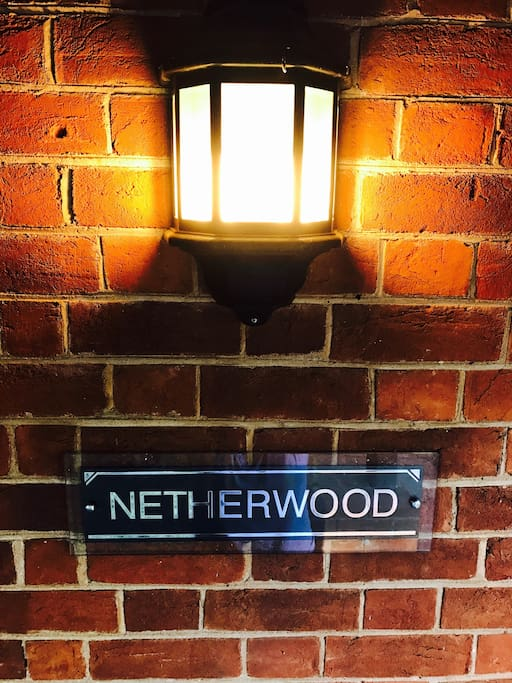 Netherwood. A quaint double red brick cottage, with double hung windows positioned in central Dubbo. Circa 1900's, it sure has stood the test of time. Read my reviews!
