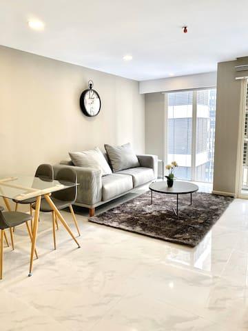 Grand Jati Junction / Mike's Apartment / 94m2