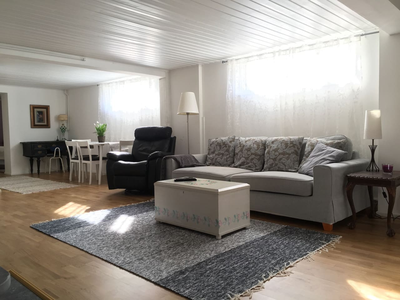 Very comfy, clean and bright space for relaxing.