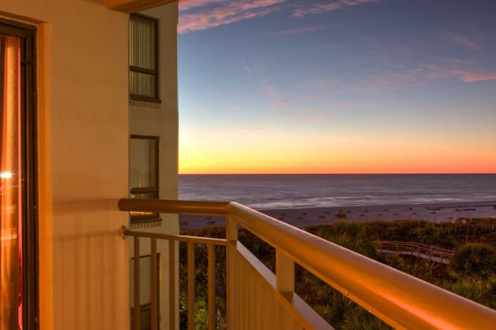 Fantastic Location on Beautiful St. Pete Beach! - St. Pete Beach