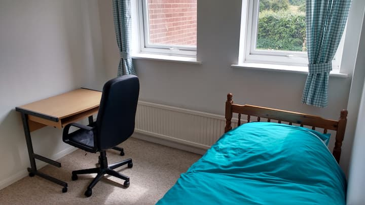 Study single Bedroom 3 in Aylesbury.