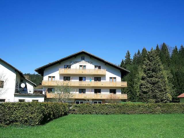2-room apartment 52 m² Bergsee - Lunz am See - Lakás