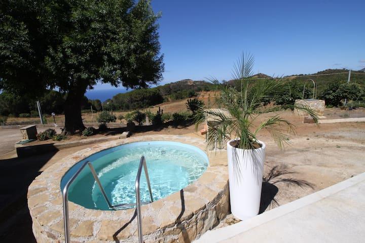 Villa immersa nella natura a 9 km da Cefalù