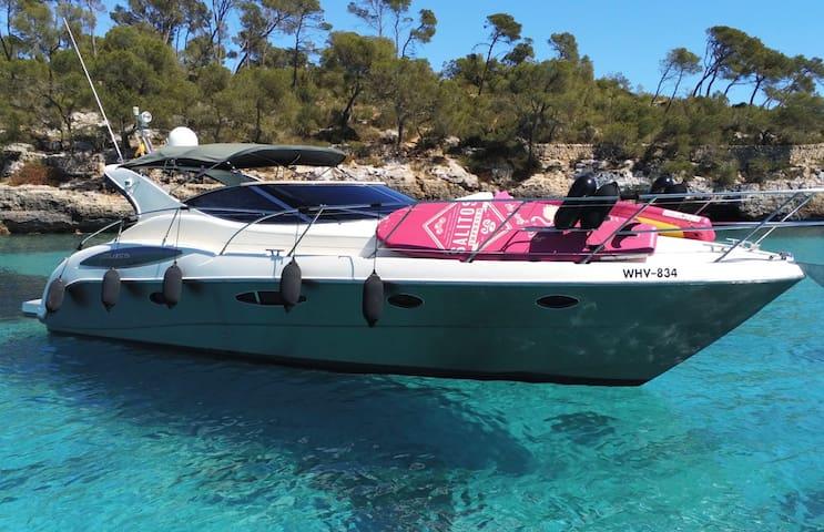 Motoryacht LUMI-Sea 4 Pers im Yachthafen Cala d'Or