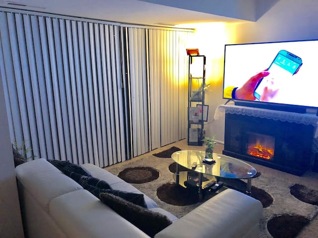 A spacious two bedroom apartment for your stay