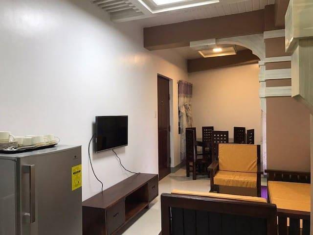 Jrosel Suites Baguio transient 2F-UNIT 1