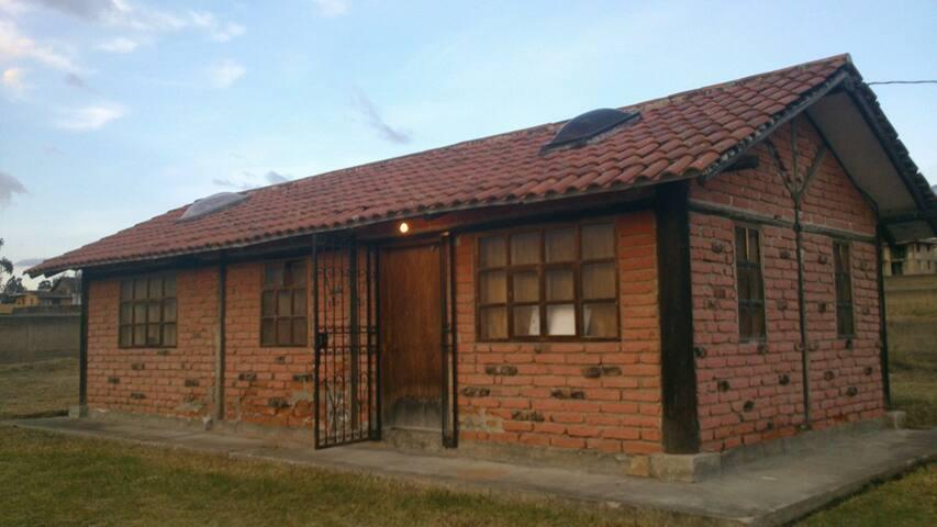 Rento linda cabaña en Cayambe - Ecuador - Cayambe
