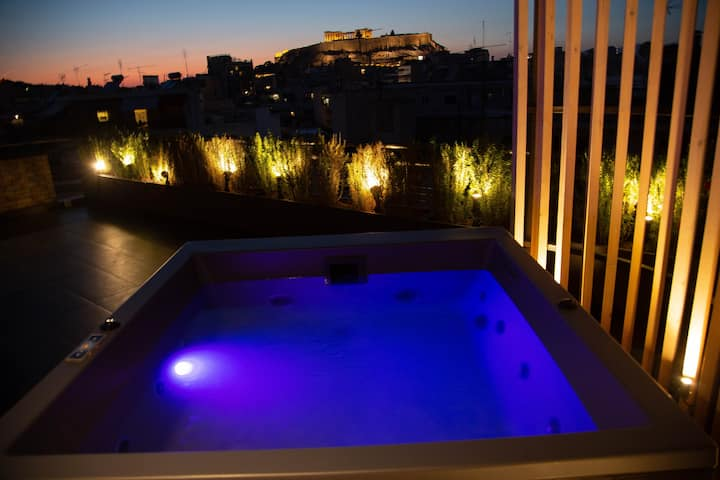 ⁑ Relaxing Penthouse w/Acropolis View & Hot Tub ⁑