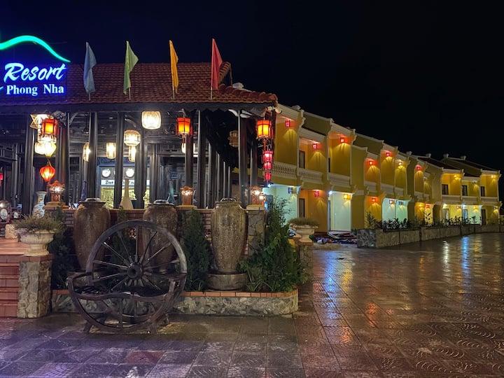 Doan Gia resort Phong Nha ( Superior Bungalow)