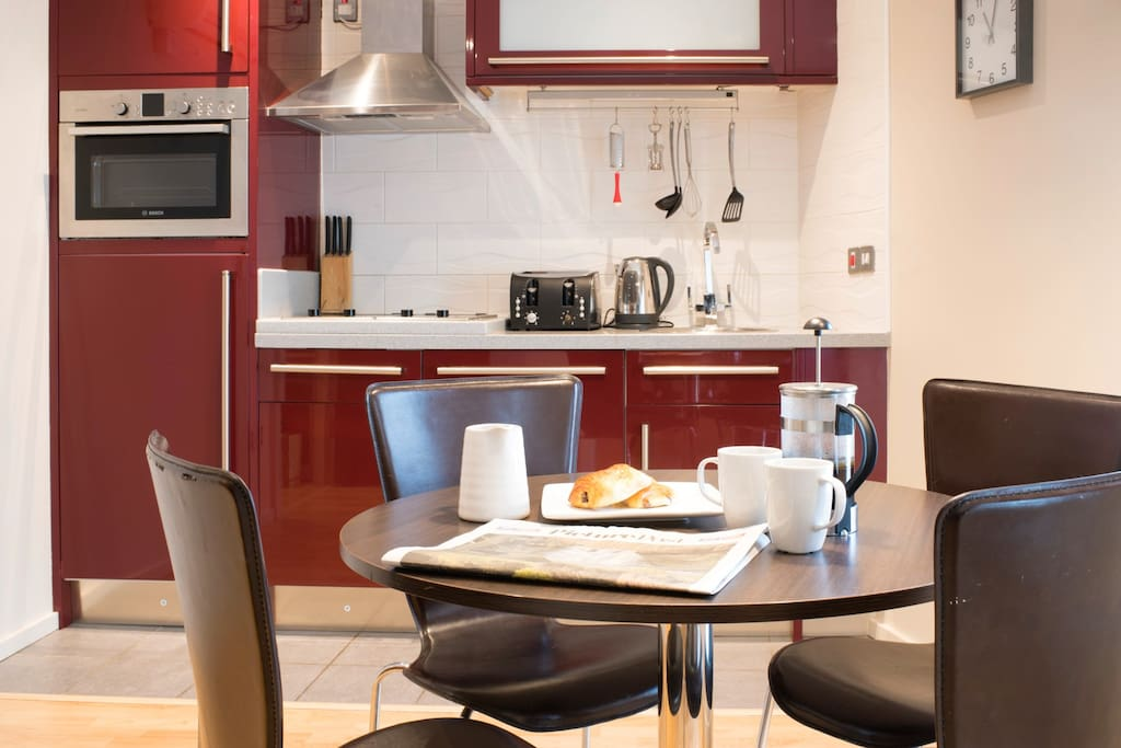 Parliament st aprt b harrogate sleeps 4 apartments for Perfect kitchen harrogate