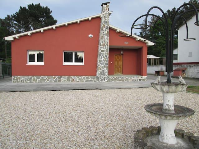 CASA MILA - Lugo - Hus