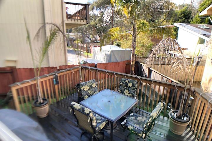beautiful back yard with patio