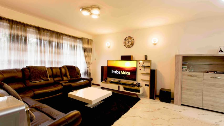 The Crescent Apartments; 1 Bed Immaculate Condo