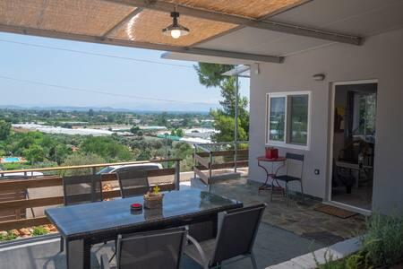 'Agriliki' Cottage With Breathtaking View!