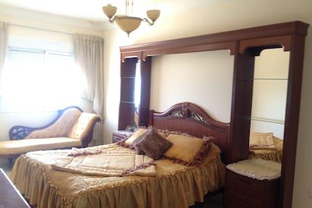 Appartement vue et pied sur mer - Ksar Sghir - Lägenhet