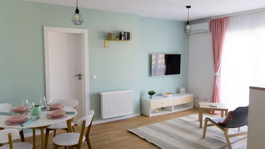 Mint Panoramic Apartment
