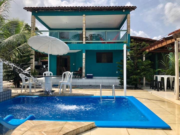 Bela casa a 600 metros do mar em jacumãcom piscina
