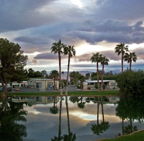 🌴Warm Healing Mineral Springs Sky Vally Resort🌵