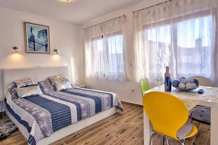 Studio apartment Margarita center Opatija