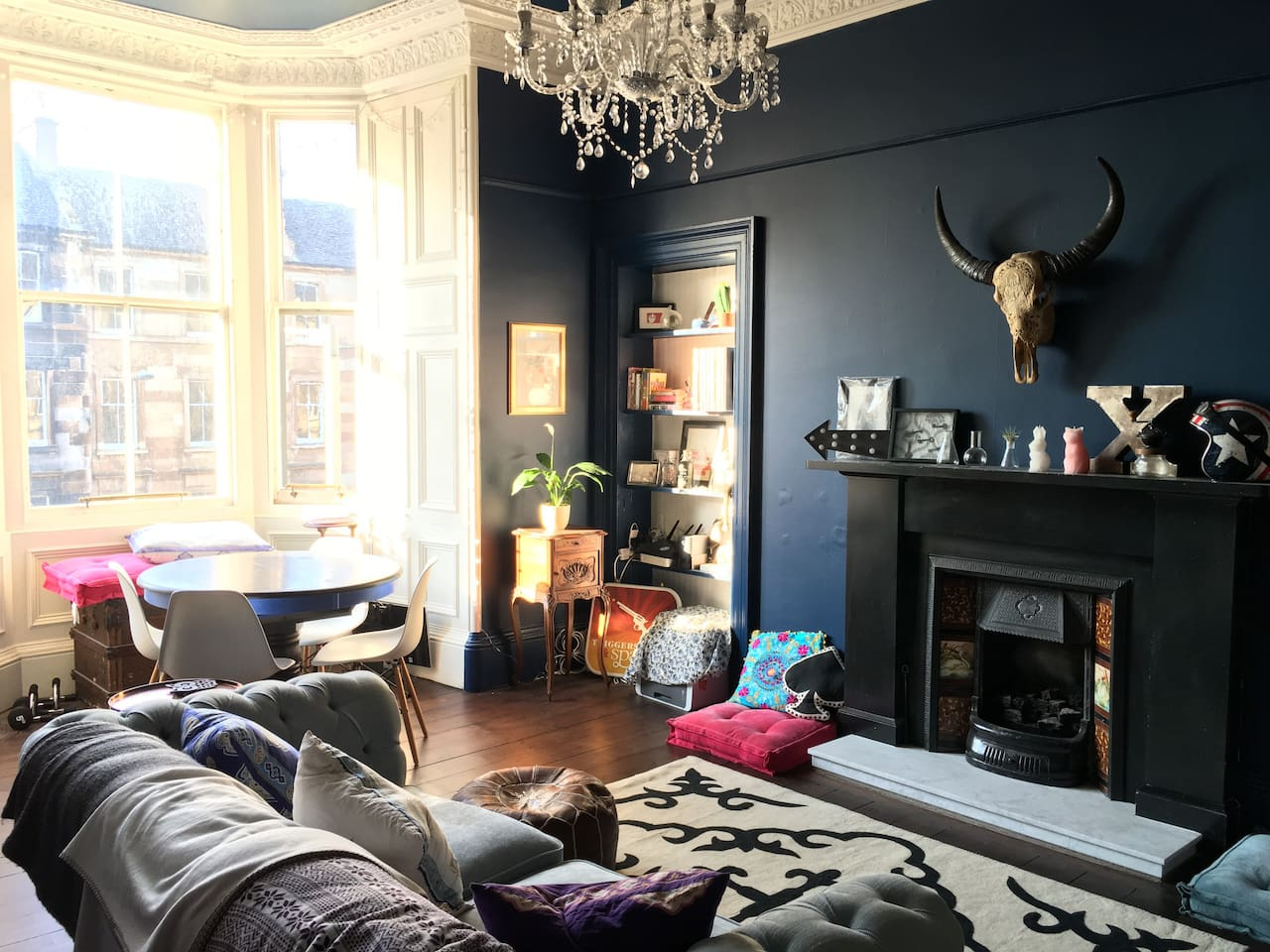 Spacious, bright + stylish central New Town flat