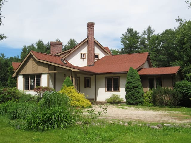 Connecticut Country Retreat - Barkhamsted