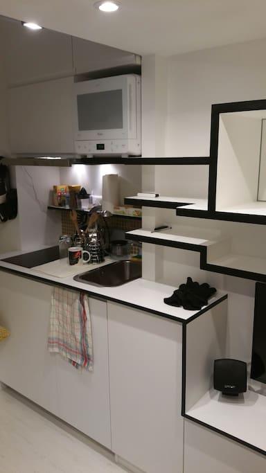 studio mezzanine appartements louer paris le de. Black Bedroom Furniture Sets. Home Design Ideas