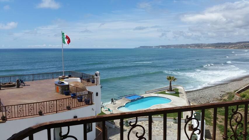 Casa Vista ocean view beach house - pool & jacuzzi