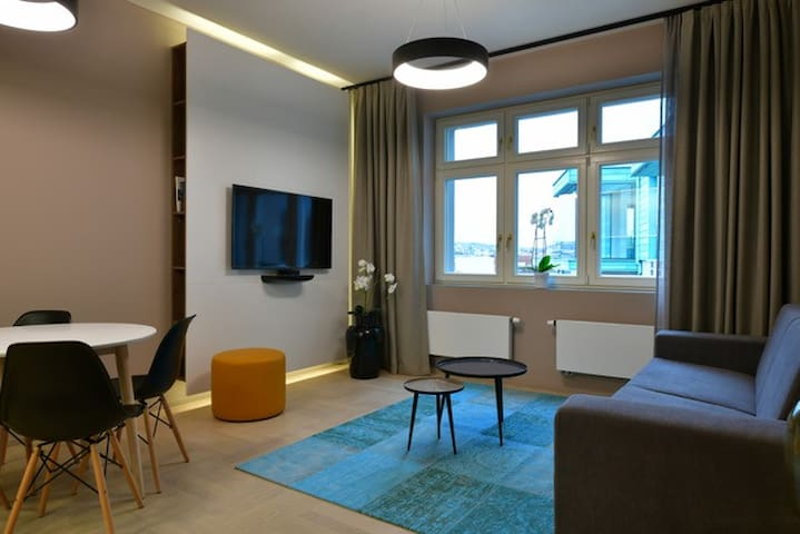 INCREDIBLE and LUXURY Apt at the Heart of Prague