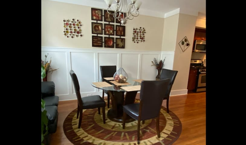 Unwind  minutes from Downtown Atlanta w/parking