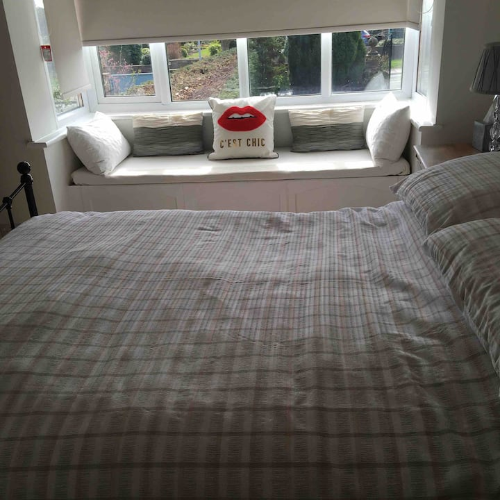 Deluxe double room for 2 people.
