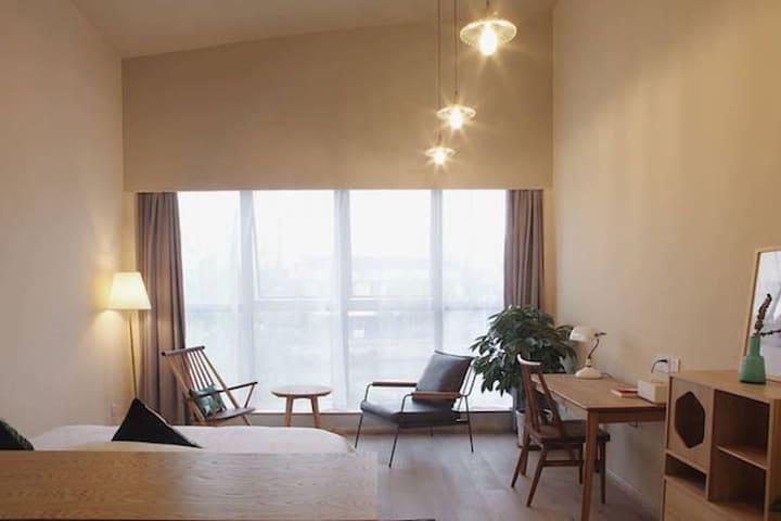 「木槿」湖景大床 隐居绍兴—最有腔调的城市民宿空间,生活方式美宿