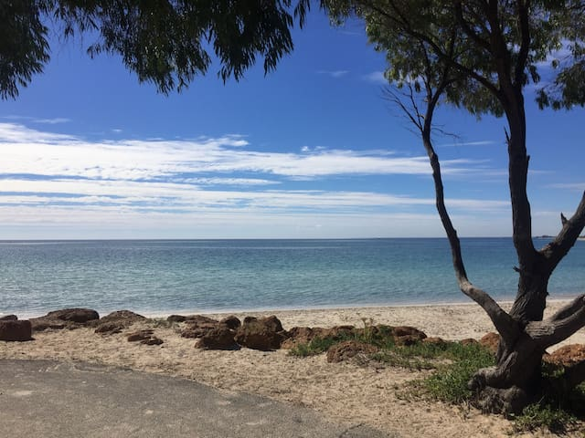 Lot 33 By The Sea, Busselton - Broadwater - Chalet