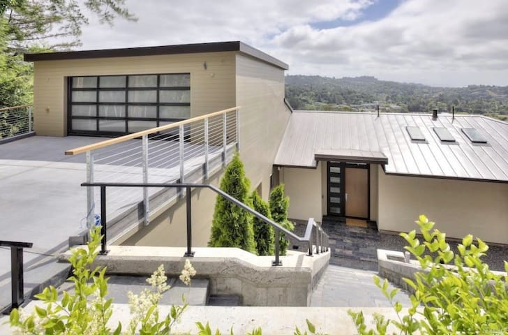 Stunning 5BR Contemporary Marin Home