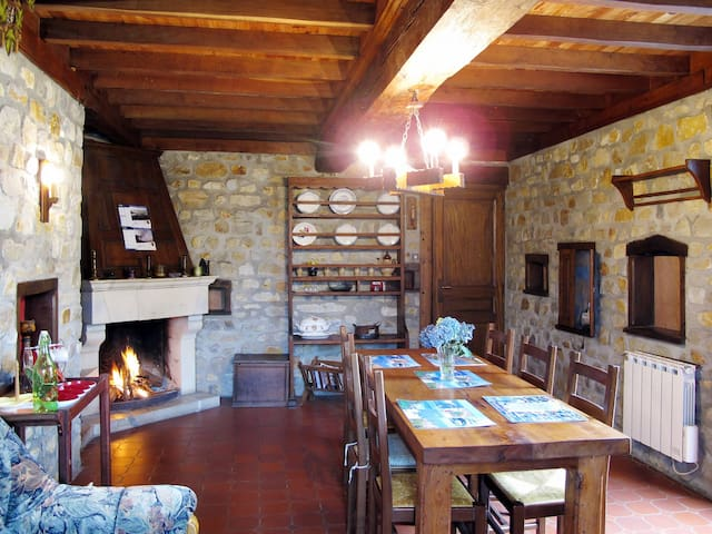 Holiday home in Saint Jean de la Rivière - Saint Jean de la Rivière - Talo