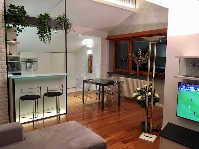 Luxury Loft 78mq, Precollina 10min from the Centre
