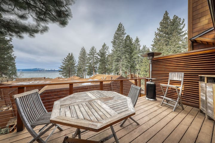 Charming condo close to town w/lake views, private grill, and wood fireplace!