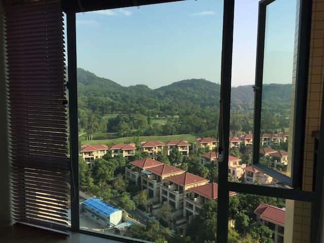 温泉高尔夫景观公寓 - Zhongshan - Apartemen
