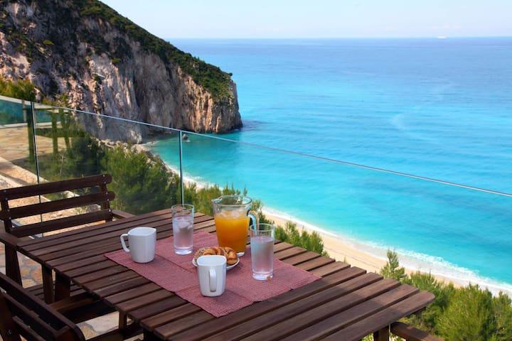 Milos Paradise Private Villa Arenaria - Agios Nikitas - Casa de campo