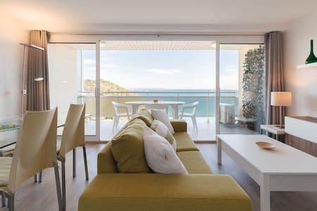 Salou exclusive apartment close to Port Aventura.