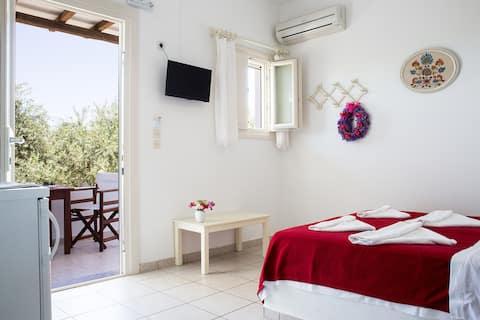 Marili Apartments, Apt#3 by the sea