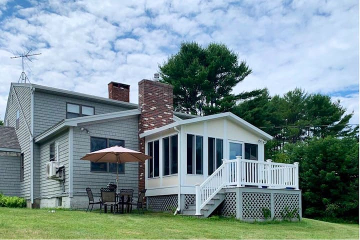 New England Cape Retreat